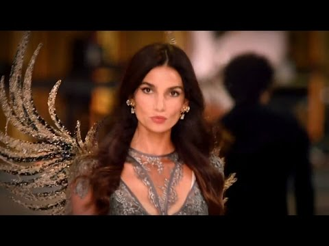 Lily Aldridge Victoria's Secret Runway Walk Compilation 2009-2016 HD