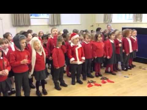 Watch Early Years sing Christmas songs in French