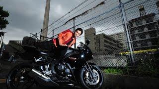 本当に、バイクが好きなんですね。CMとインタビューからそれが伝わって...