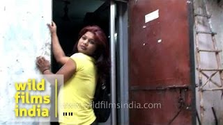 Repeat youtube video Meet the Indian transgender eunuch who wants to model