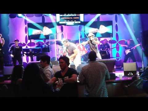Rising Star Karaoke- Be My Girl- Jet (Bryan & John)