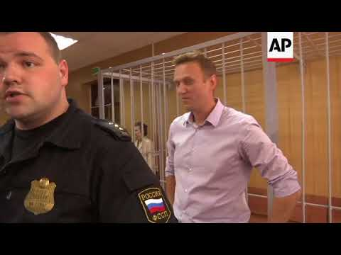 Russian opposition leader Alexei Navalny jailed for 30 days