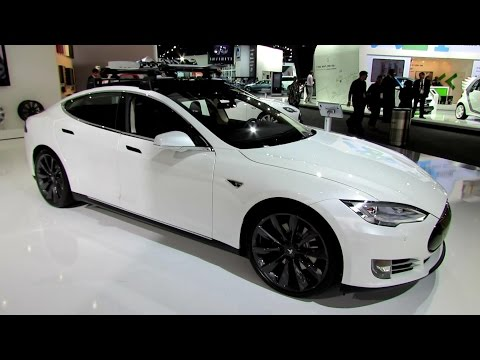 2014 Tesla Model S P85+ - Exterior and Interior Walkaround - 2014 Detroit Auto Show