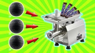 EXPERIMENT - Fleischwolf vs Snickers und mehr! Wird er aufgeben?