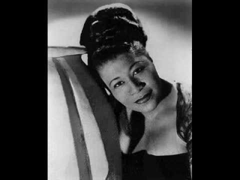 Ella Fitzgerald: Puttin' On The Ritz (Berlin, 1929) - Lyrics