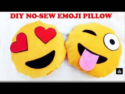 diy-emoji-pillows-|-no-sew