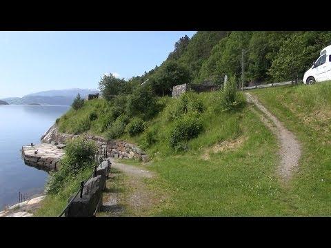 Steinstøberget rasteplass (roadside resting area),  Hardanger, Rv 7, Fyksundvegen