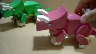 Wood Dinosaur Toys.wmv