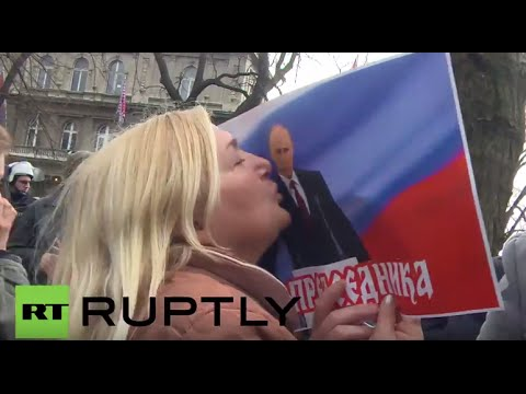 Serbia: Thousands protest new deal with NATO in Belgrade