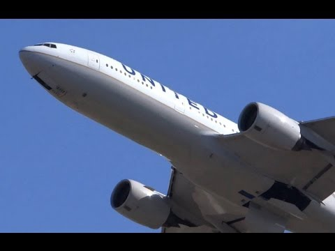 Plane Spotting 2 United Airlines Boeing 777 Alaska
