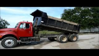 1996 International 4900 dump truck for sale | sold at auction October 22, 2015