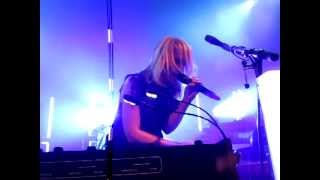 Speed The Collapse - Metric (LIVE)