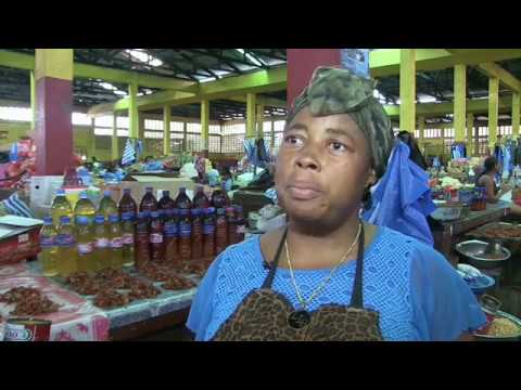The Aftermath of Ebola Lingers on Women Selling Liberia's Dried Meat