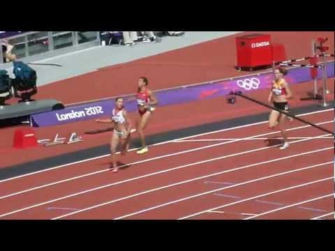 Olympic Hurdler falls on face London 2012 - YouTube