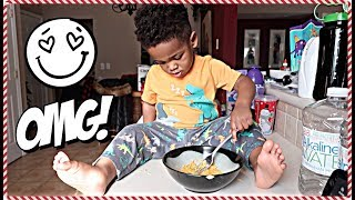JAXSON MAKES BREAKFAST FOR THE ENTIRE FAMILY! 🎅🏾🎄👶🏽👶🏾😍 | #VLOGMAS DAY #10