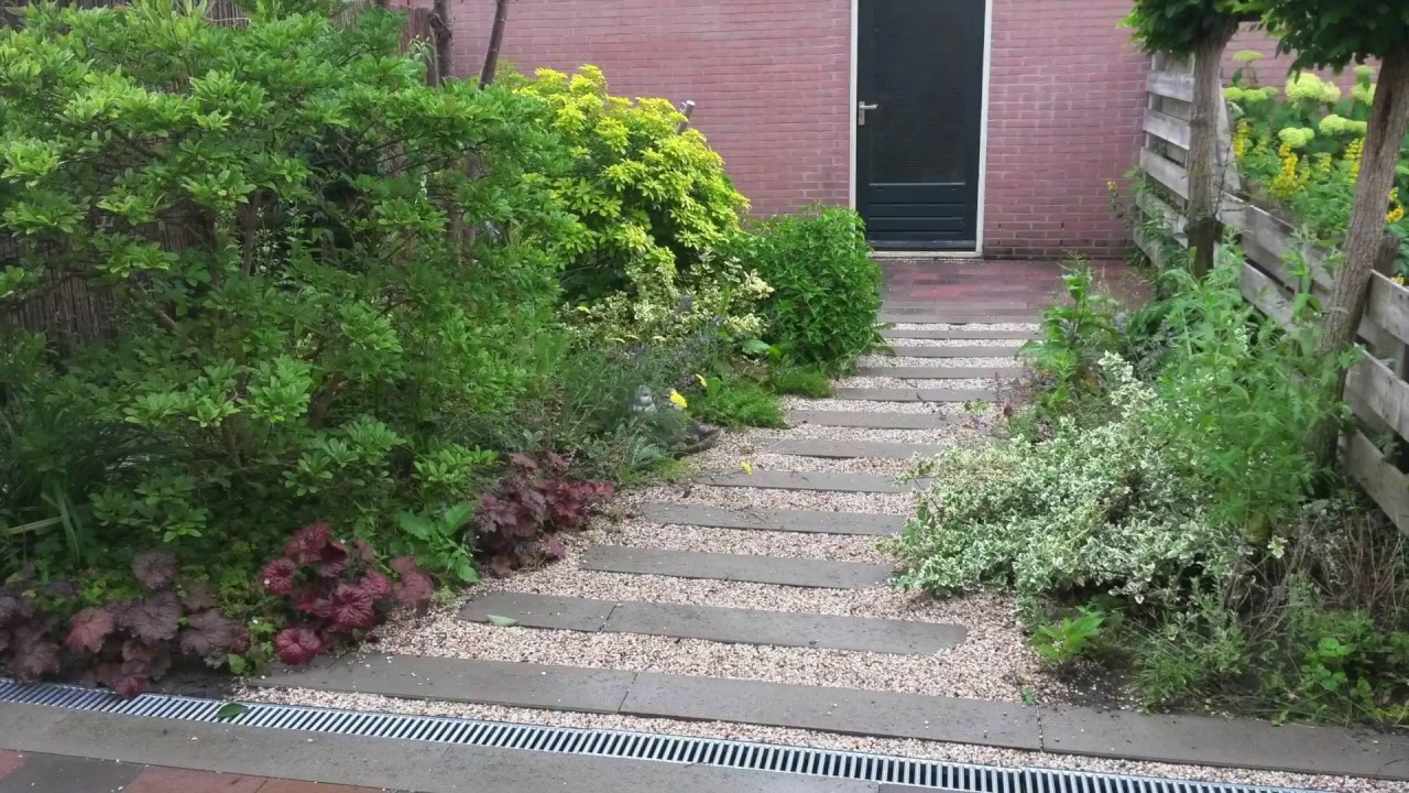 Hulpindetuin nu hoveniers ontwerp en aanleg kleine tuin in