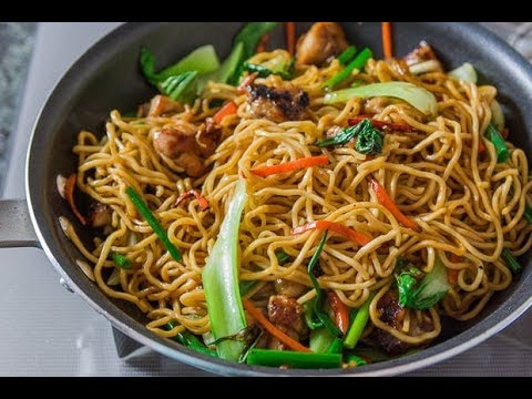 Chicken Chow Mein   Chinese Takeaway Style   Easy Recipe