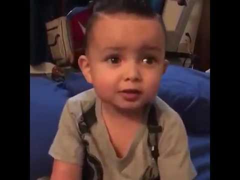 Niño De 2 Años Cantando  Tu No Vive Asi  De Bad Bunny 🙈 💟