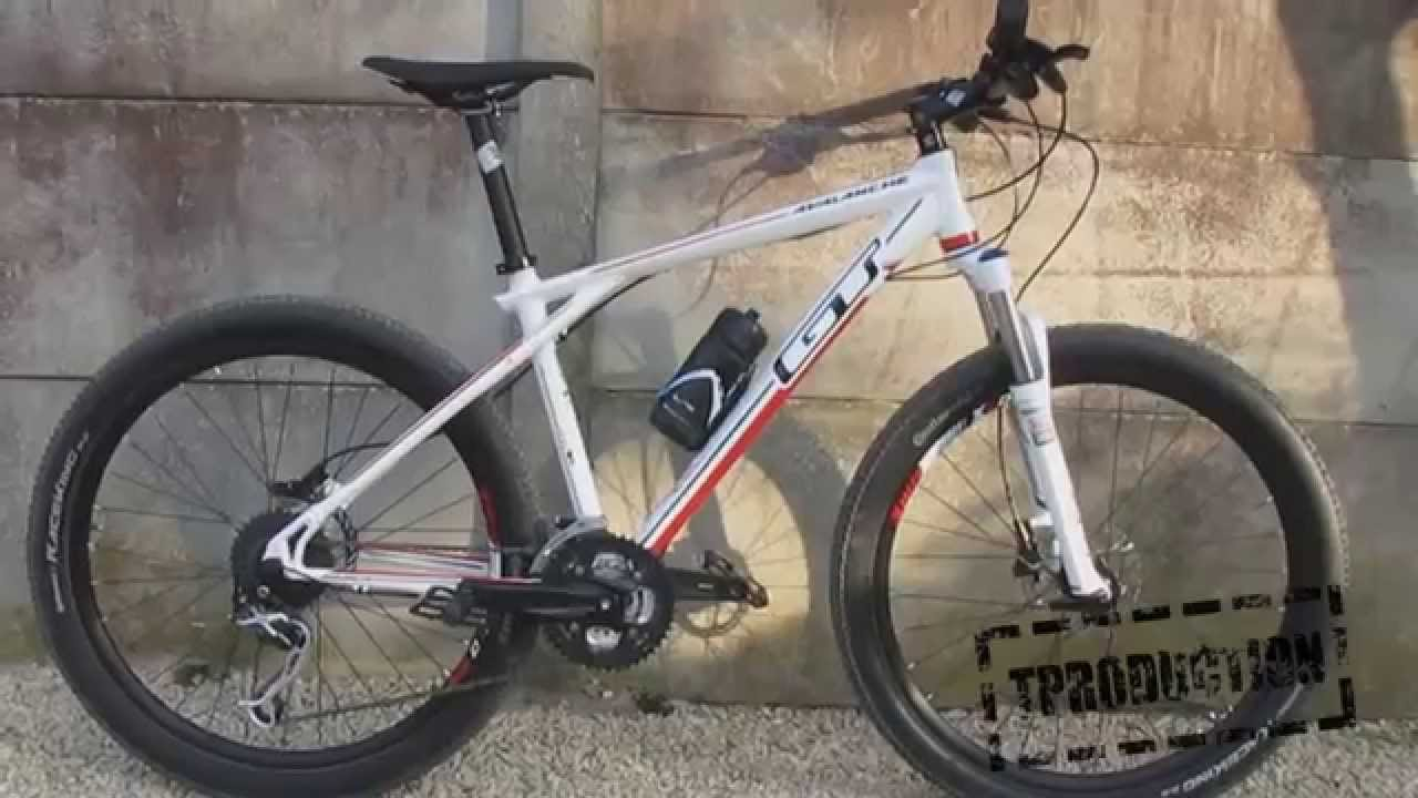 В нашем интернет магазине можно купить велопокрышки по низким ценам. Быстрая доставка велосипедных покрышек по всей россии.