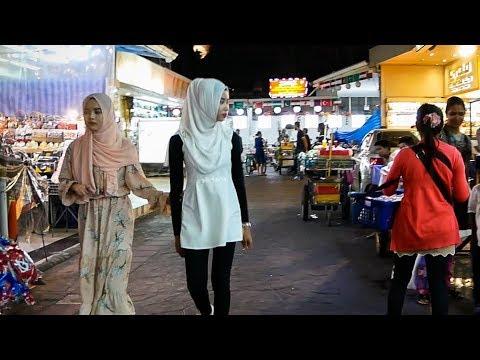 Sukhumvit Soi Arab - Bangkok Nightlife