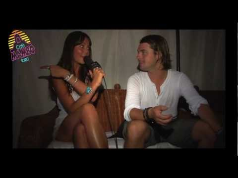 AWESOME AXWELL @ CAFE MAMBO 2011