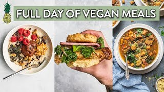 We are showing you everything ate today as a vegan couple + sharing some yummy recipes, too! - open for more the recipes ⋇ date-sweetened matcha latte...