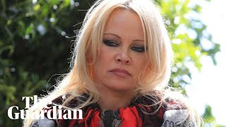 Pamela Anderson speaks out after visiting Julian Assange in prison