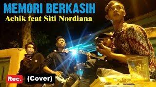 Asik Nih!!! Memori berkasih - Achik nana (Cover) kentrung gendang arwer |Musisi jalanan