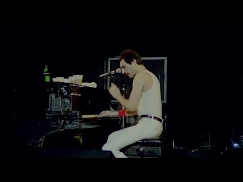 Queen - Play The Game  at Montreal