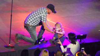 COLE SWINDELL BRINGS A BABY ON STAGE VIDEO YOU AIN'T WORTH THE WHISKEY LIVE 1080p HQ 1/31/15