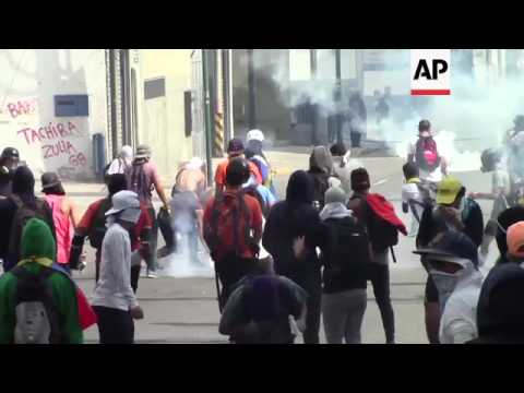 Venezuelan security clashes with opposition protesters