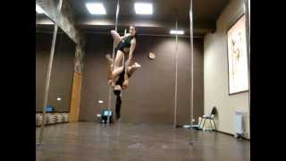 Видео для интернет чемпионата POLE DANCE PROFESSIONAL 2012.MPG(Дуэт Сырникова Олеся, Боброва Юлия., 2012-09-14T12:12:37.000Z)