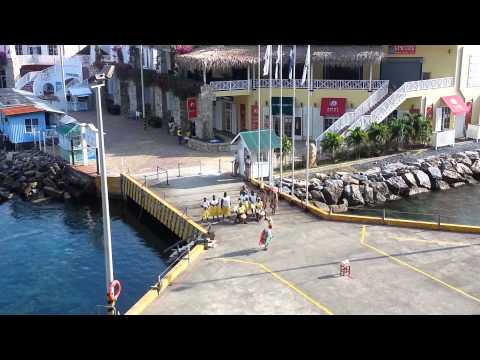 Roatan, Honduras Welcomes Mariner of the Seas