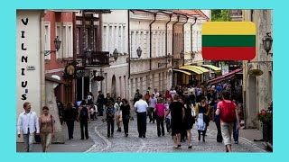 LITUANIA: Famous CASTLE (Pilies) STREET in the fabulous OLD TOWN of VILNIUS