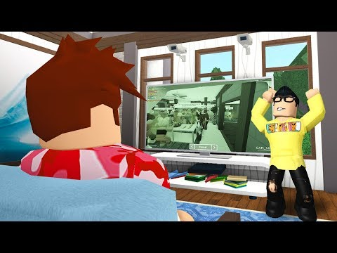 I Set Up SECURITY CAMERAS In My Home And Caught Him Throwing A PARTY! (Roblox Bloxburg)