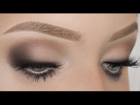 Mascara tutorial for straight lashes