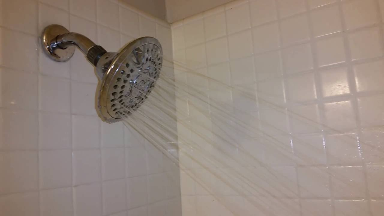 fixed clogged shower head how to repair thought it was a faulty tub diverter youtube. Black Bedroom Furniture Sets. Home Design Ideas