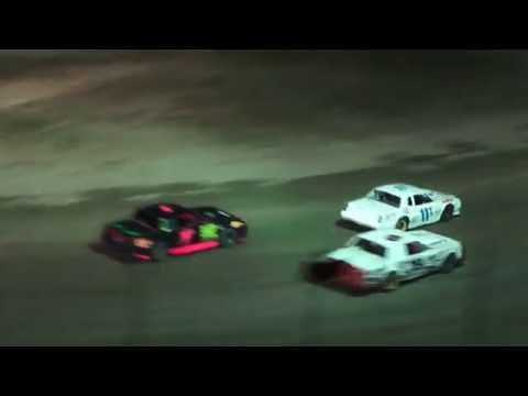 Street Stock Feature Race at I-96 Speedway on 08-05-16.