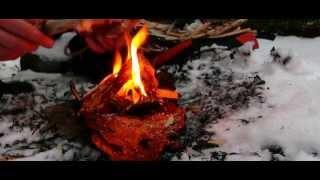 Survival Tipps & Tricks: Feuer machen bei Nässe und Schnee