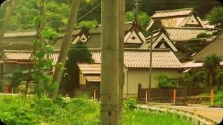 上林の  「トタン葺き合掌造り街道」 走り抜ける  (京都府道1号小浜綾部線)