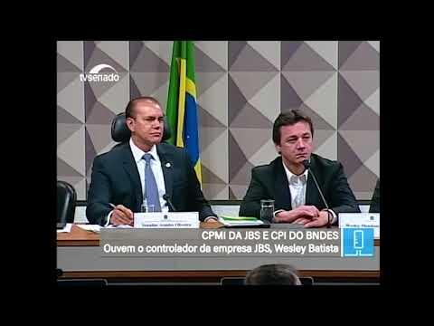 """""""Boa hospedagem na cadeia"""" - Dep. João Rodrigues se irrita com silêncio de Wesley"""
