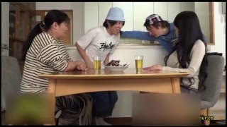 Hitomi Tanaka with two crazy kids!