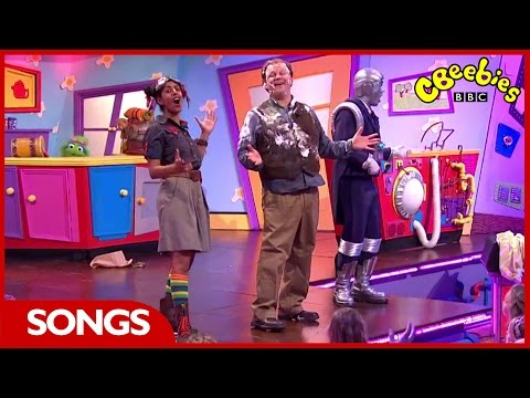 CBeebies: Justin's House Instrument Song