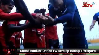 Skuad Madura United FC bersiap hadapi Persipura