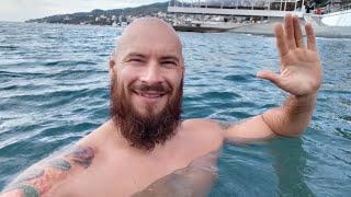 Лучшее упражнение для мышц брюшного пресса и купание в октябрьском море