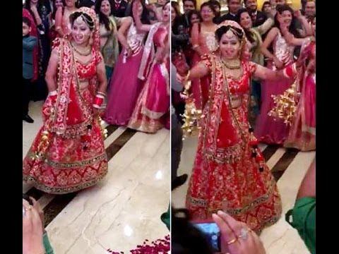 India Bride Dance Performance in her Marriage