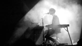 James Blake - A Case Of You ( joni mitchell cover ) - Live @ Hollywood Forever Cemetery 10-23-13 HD