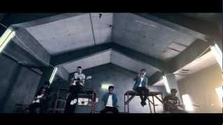 Download lagu Motif Band - Tuhan Jagakan Dia (Official Music Video with Lyric)