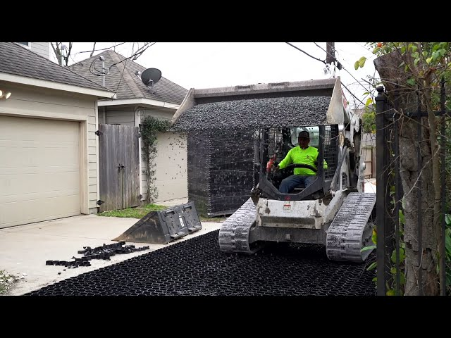 Building a Permeable Alleyway