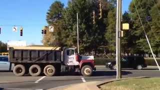 Sterling LT9501 dump truck, Mack R686ST dump truck Rollin coal